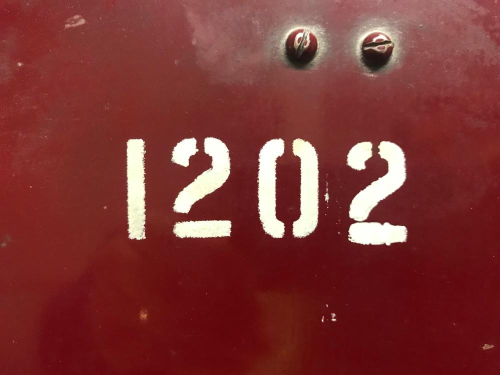 15CD9A80-4132-4D3B-A448-070F4DAB4416